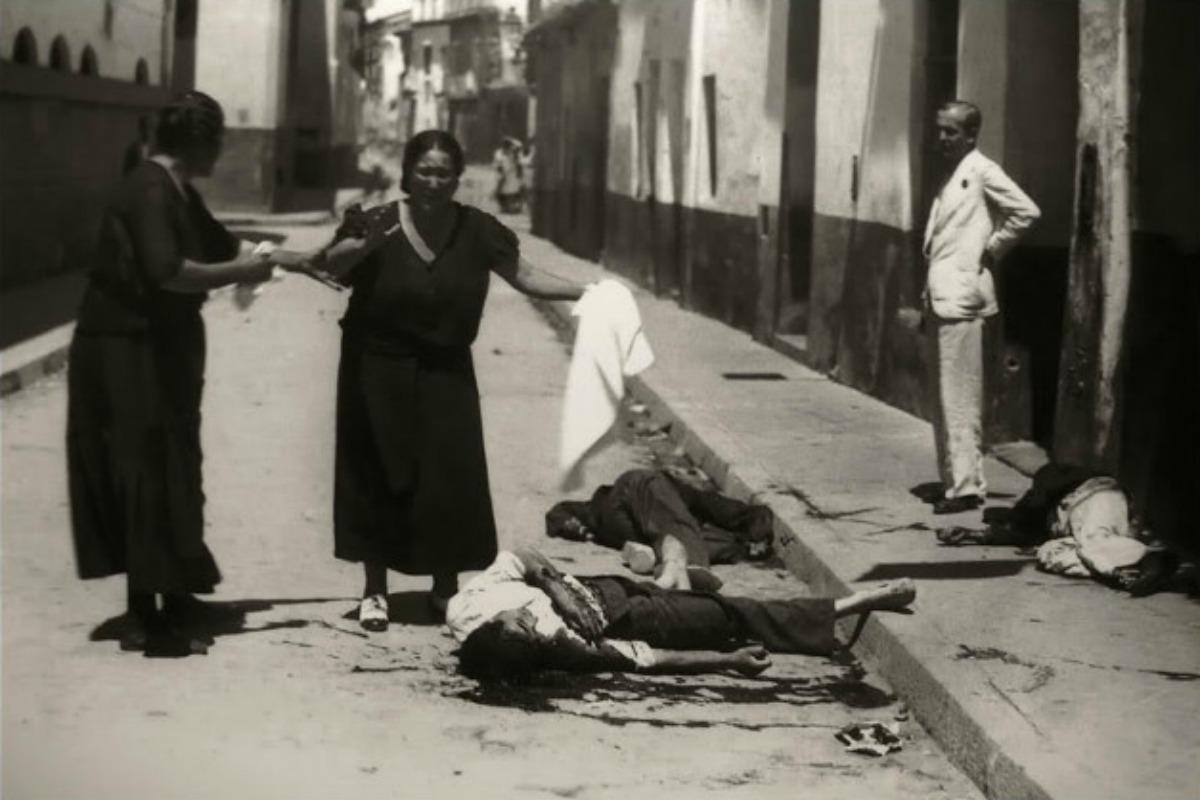 Apoyar que la calle Foro Romano vuelva a llamarse Cruz Conde es apoyar el franquismo