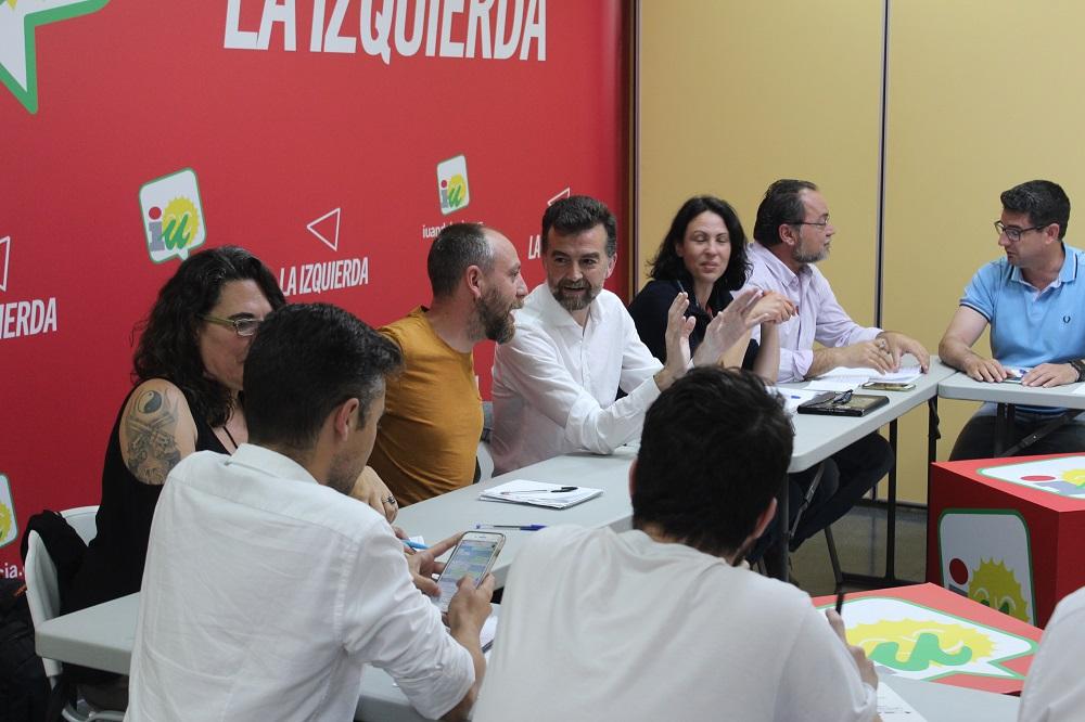 """Maíllo destaca la """"horizontalidad"""" del preacuerdo """"ejemplar"""" con Podemos tras el visto bueno de la dirección colegiada de IU Andalucía"""