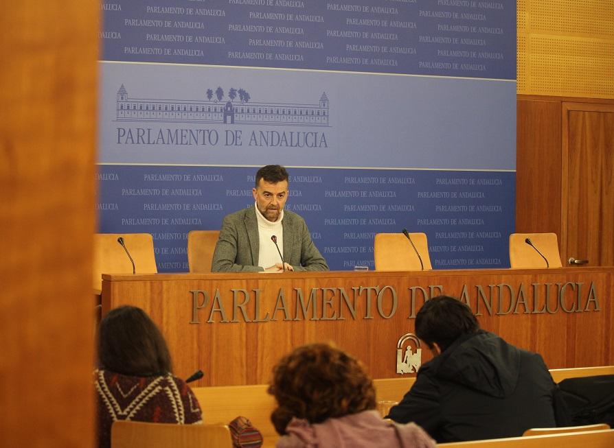 Maíllo pide a la Junta que alegue la orden del TSJA que anula la orden que reducía las horas lectivas de religión o elabore una nueva