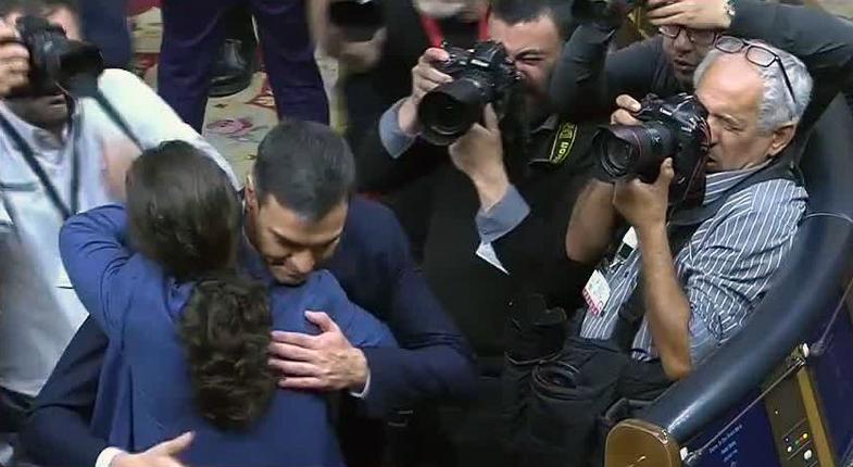 """Pedro Sánchez, nuevo presidente del Gobierno. La salida de Rajoy rebrota la esperanza en el """"sí se puede"""""""
