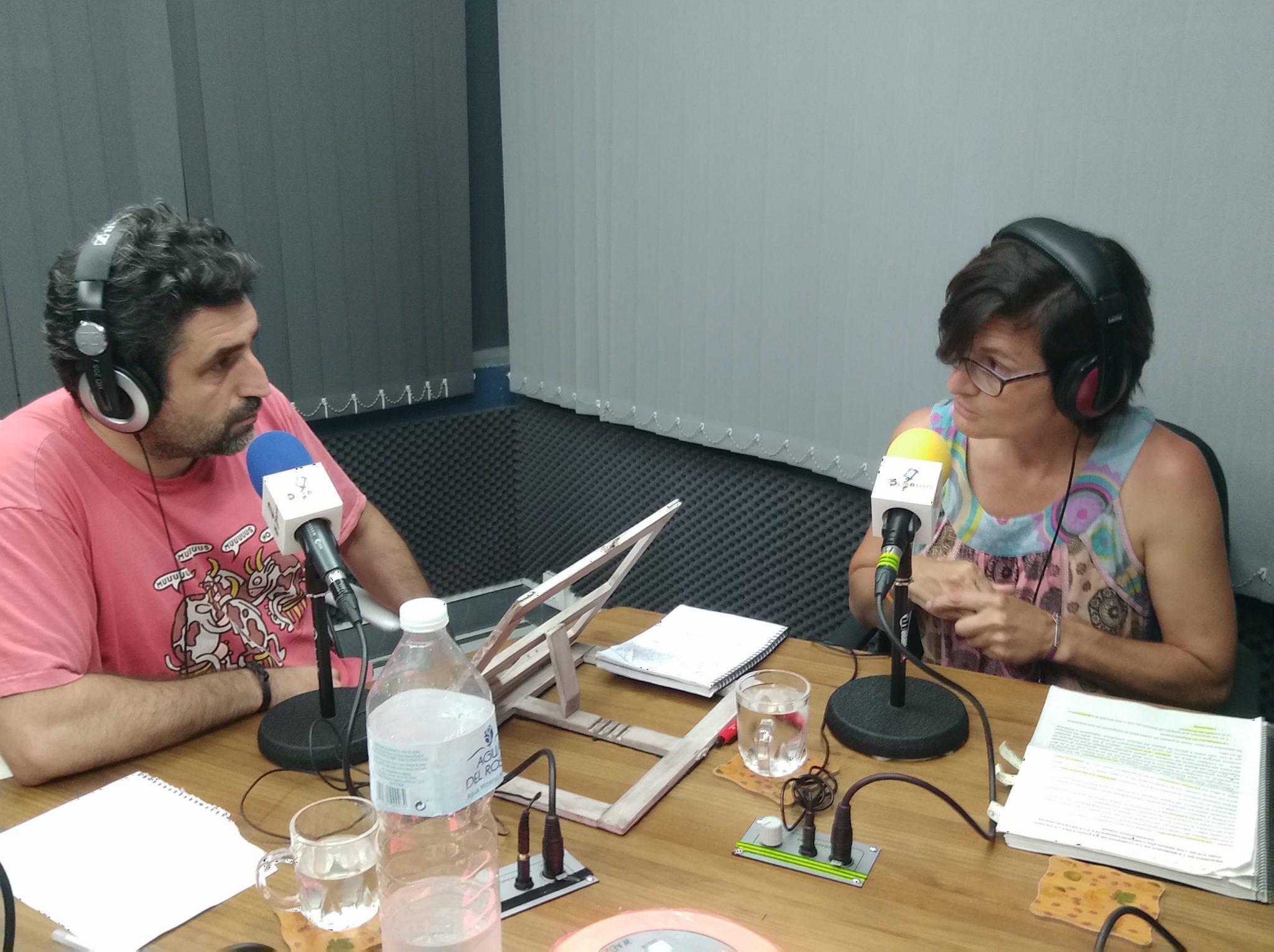 Charlemos, con Amparo Pernichi, presentado por Rafa del Castillo: La remunicipalización en Parque y Jardines.