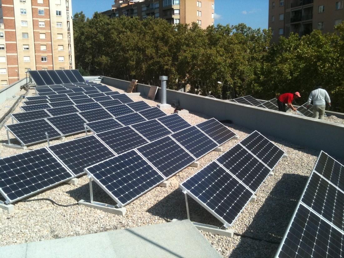 Ganemos reclama un plan municipal de inversión para placas fotovoltaicas