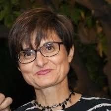 Contestación de Amparo Pernichi (IU) a Laura Ruiz (PP) sobre Infraestructuras.