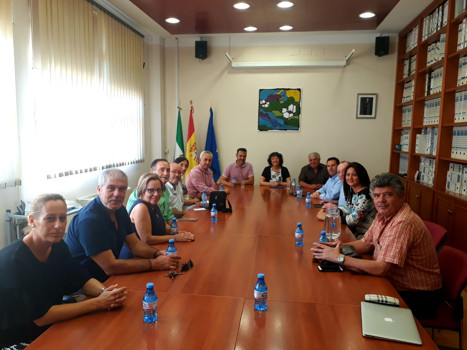 La Subdelegada del Gobierno mantiene un encuentro con los alcaldes de la Comarca del Guadiato