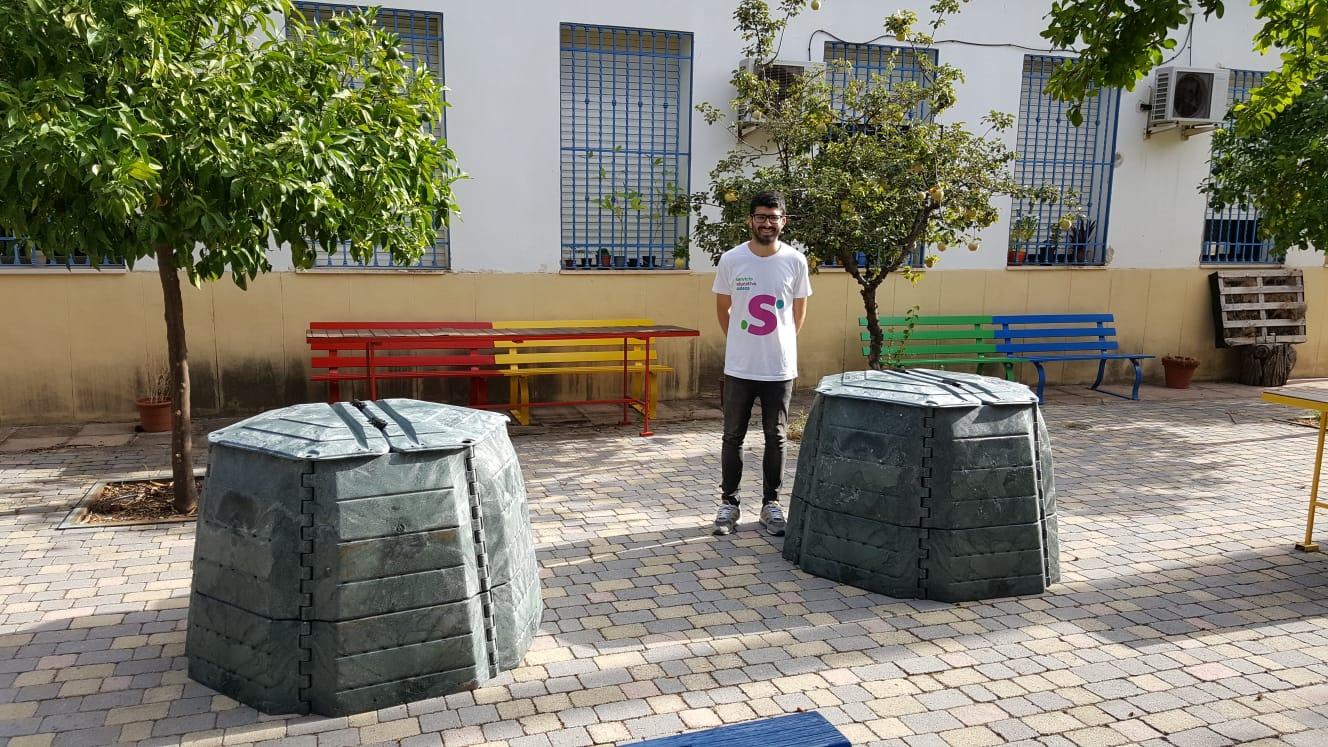 Sadeco entrega siete compostadoras para seguir concienciando sobre la importancia del reciclaje de materia orgánica