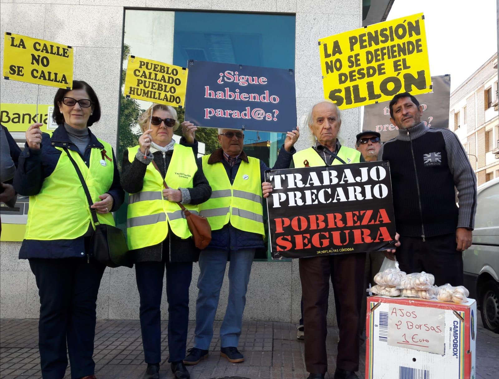 """Yayoflautas responden a la cuestión """"por qué seguís en la calle"""" tras la subida de las pensiones hasta el IPC"""