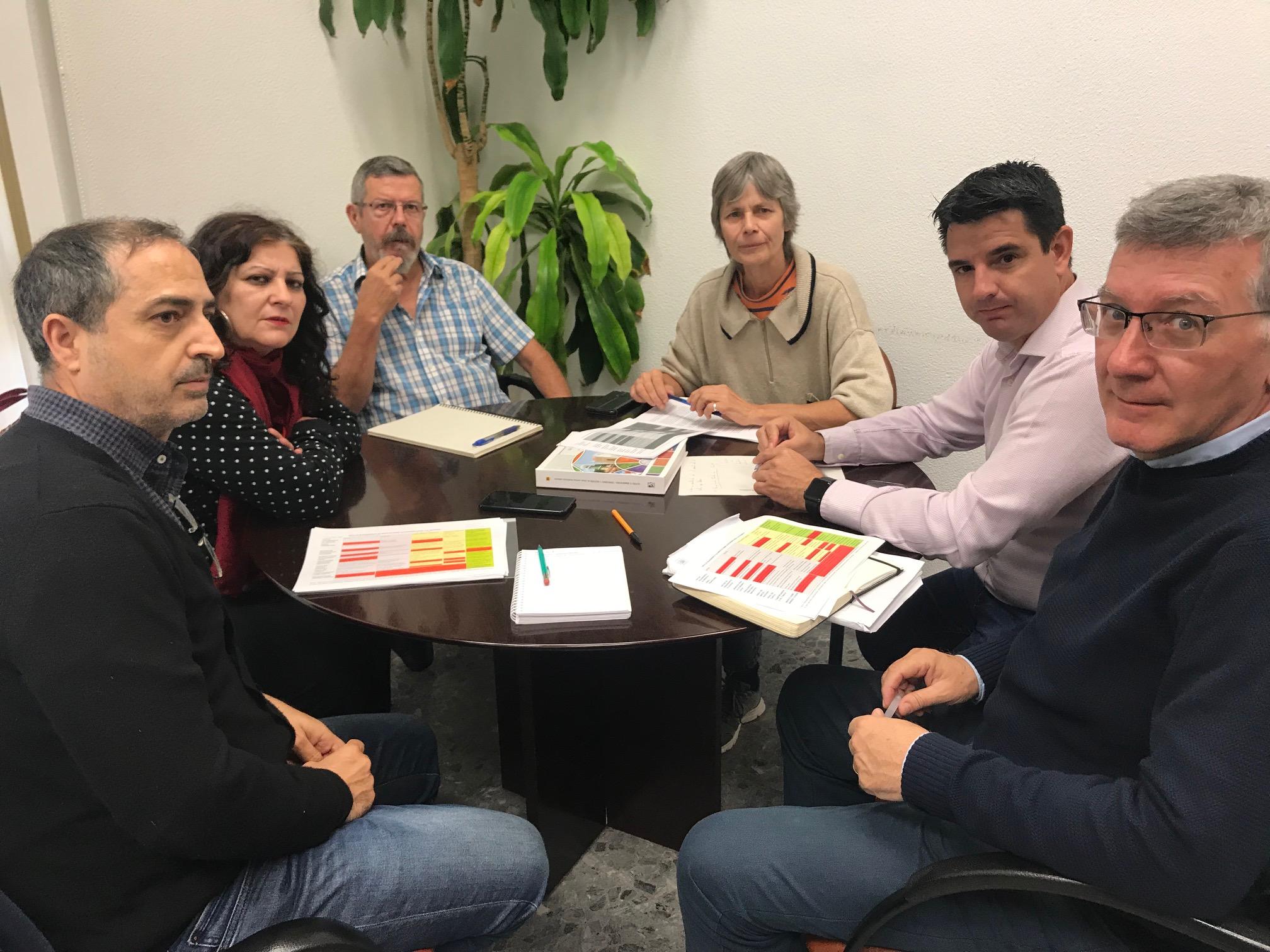 IU se reúne con la asociación CONviviendo en el marco de la Innovación del Plan de Casco Histórico que protegerá el uso residencial y regulará los usos turísticos