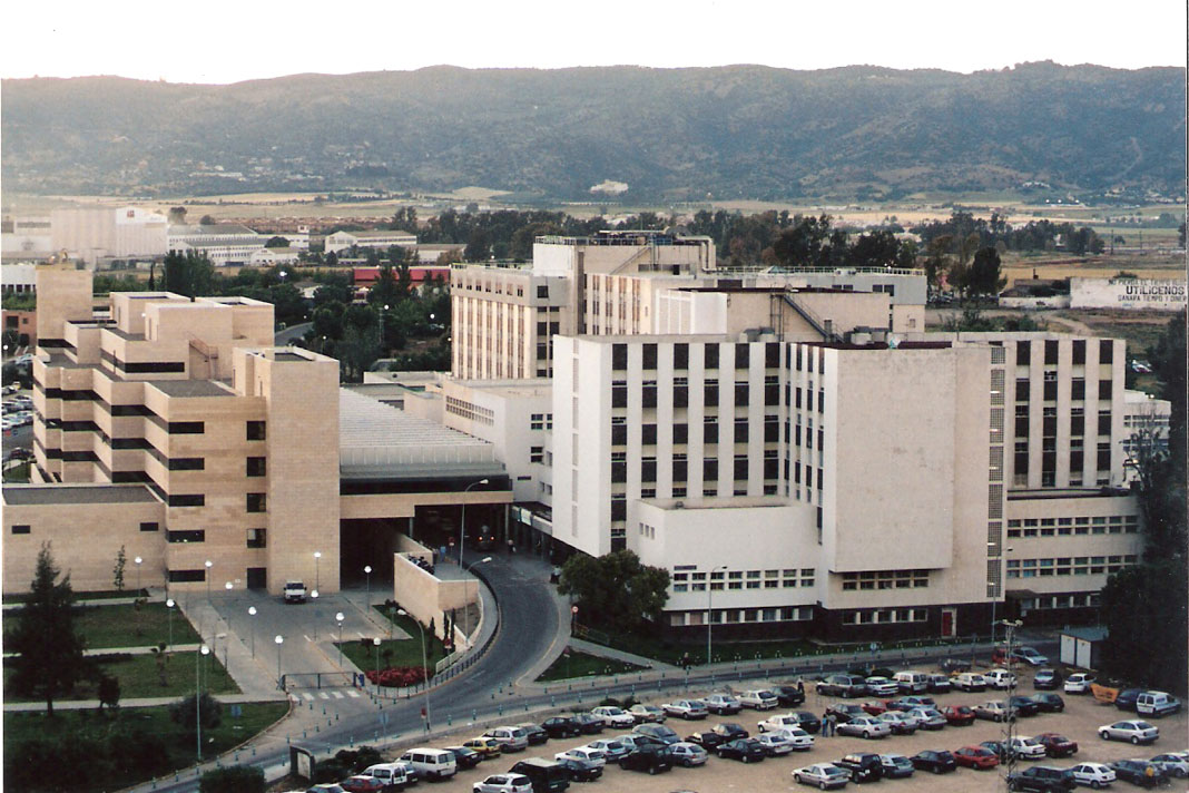 Podemos subscribe la iniciativa ciudadana de gratuidad de los parking de los centros hospitalarios públicos de Andalucía