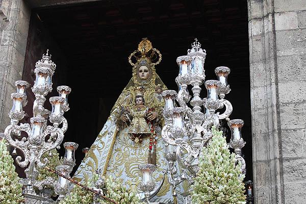 Europa Laica lamenta la decisión judicial en torno a la concesión de la Medalla de oro de la ciudad de Cádiz a la virgen del Rosario