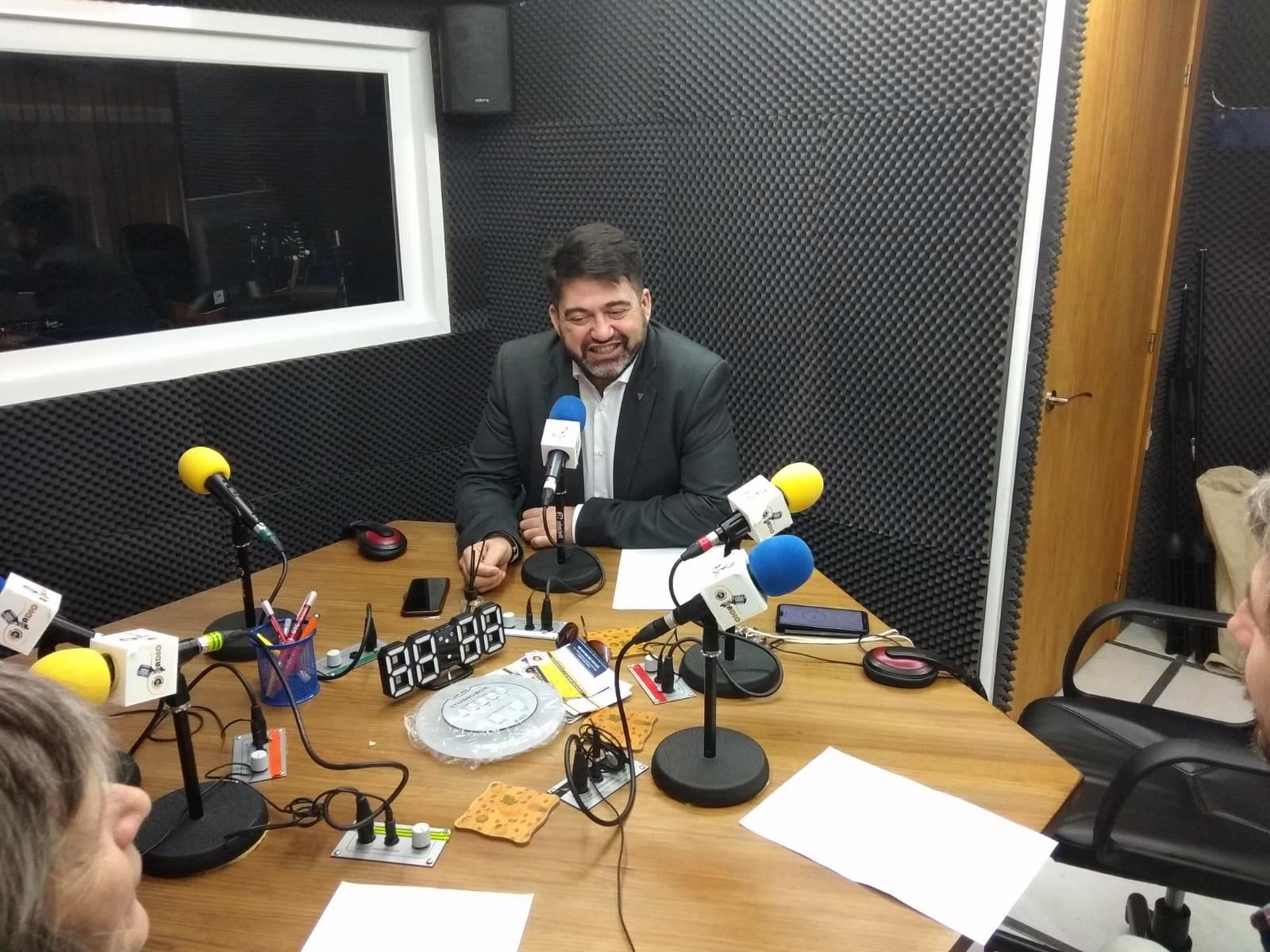 """Carlos Sánchez Mato: """"Claro que se puede pagar la deuda, el tema es quién la tiene que pagar"""""""