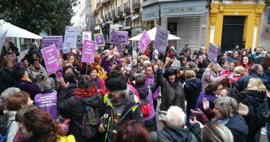 """Concentración feminista: """"Nos queremos libres, vivas, todas"""""""