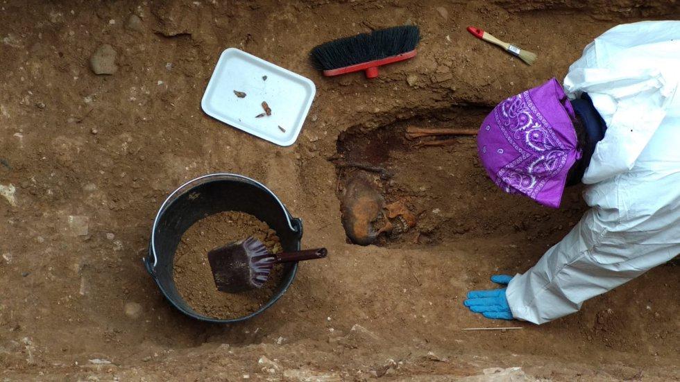Exhumadas 19 personas asesinadas por el Franquismo en el cementerio de La Salud