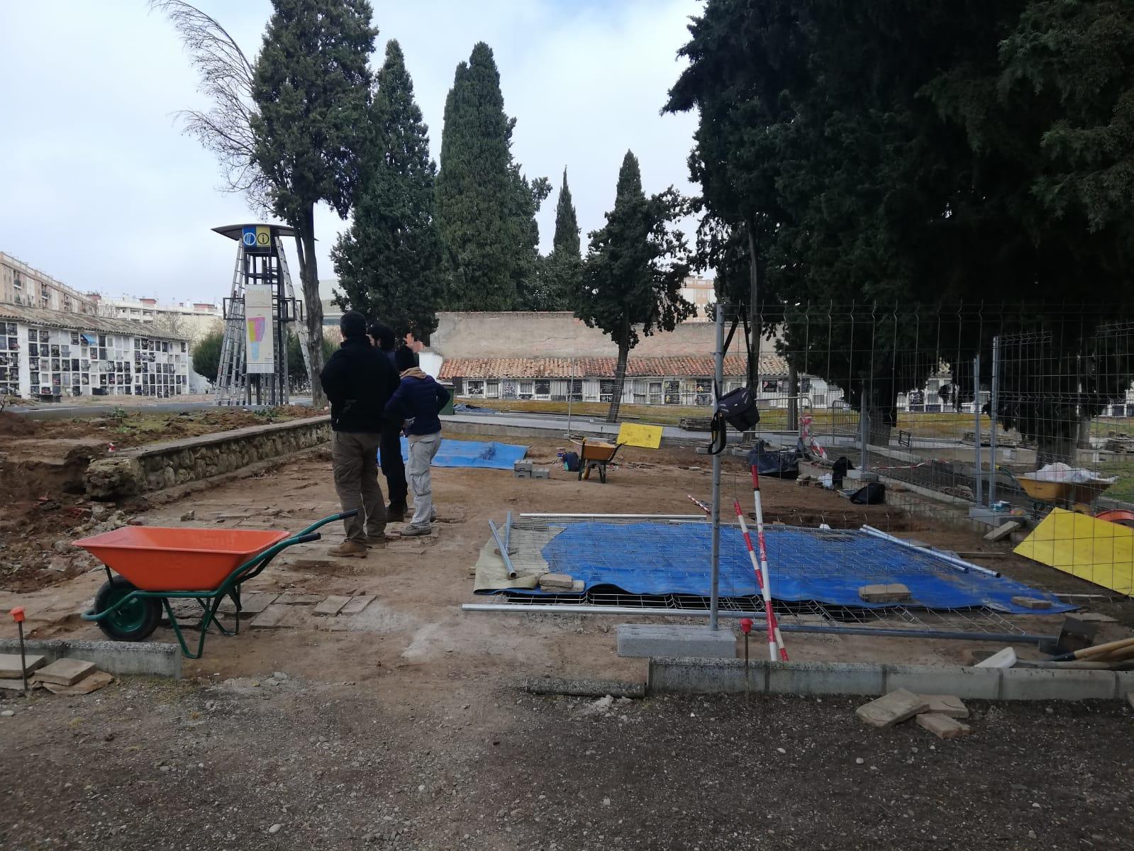 """David Moscoso y Ana Naranjo (Adelante Andalucía) preguntan en el Parlamento Andaluz por la """"presencia y tutela judicial"""" en las exhumaciones de los cementerios de San Rafael y la Salud"""
