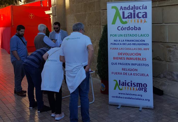 Córdoba Laica en la campaña del IRPF