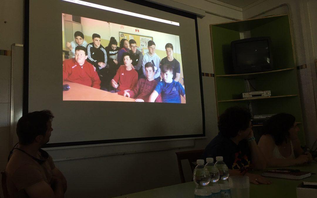 Actividad de Cic-Batá con jóvenes en Villa del Río