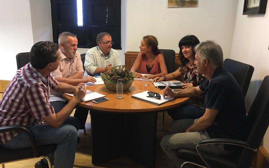 Ayuntamiento y vecinos planificarán cada mes los actos festivos programados en la ciudad