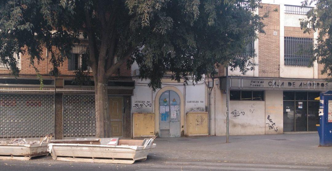 La ya desparecida oficina de CAJASUR del Campo de la Verdad
