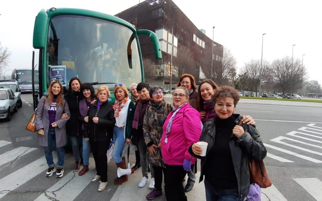 Las cordobesas ya se han subido al Tren de la Dignidad que lleva hoy a Sevilla a miles de andaluzas