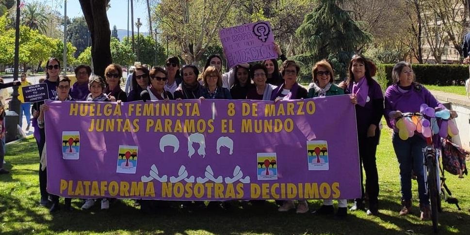 La razón y el corazón ganan la batalla al negacionismo troglodita: El movimiento feminista está más vivo que nunca