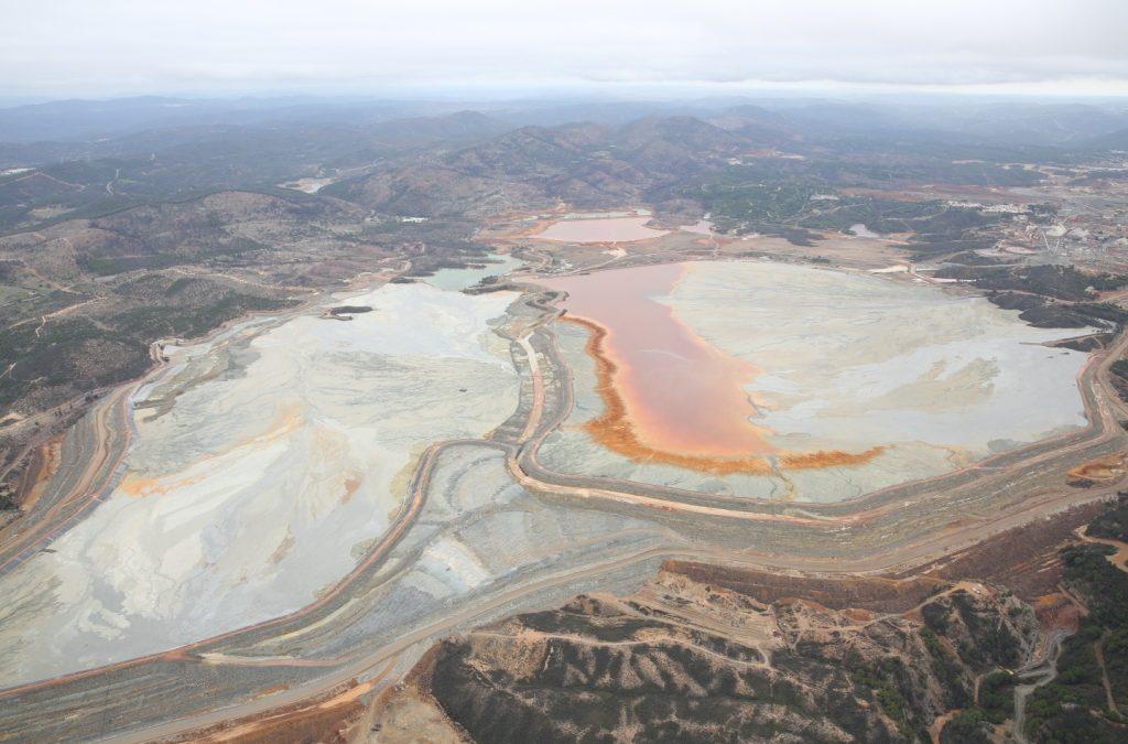 """Ecologistas en Acción """"Incidente en la ejecución de la ley de las sentencias de la mina de Riotinto"""""""