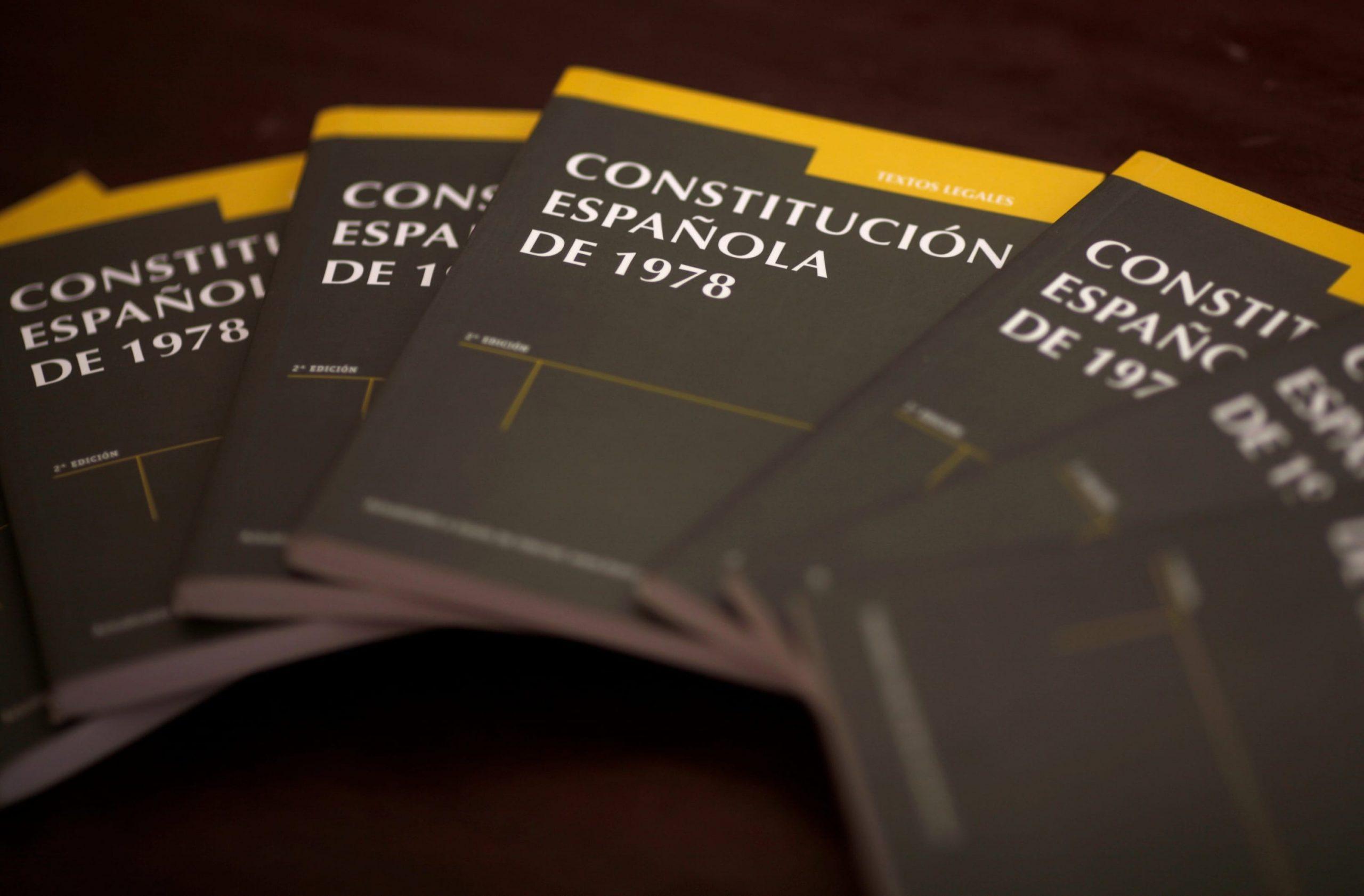 Constitución y servicios públicos: el trabajo común por la dignidad.