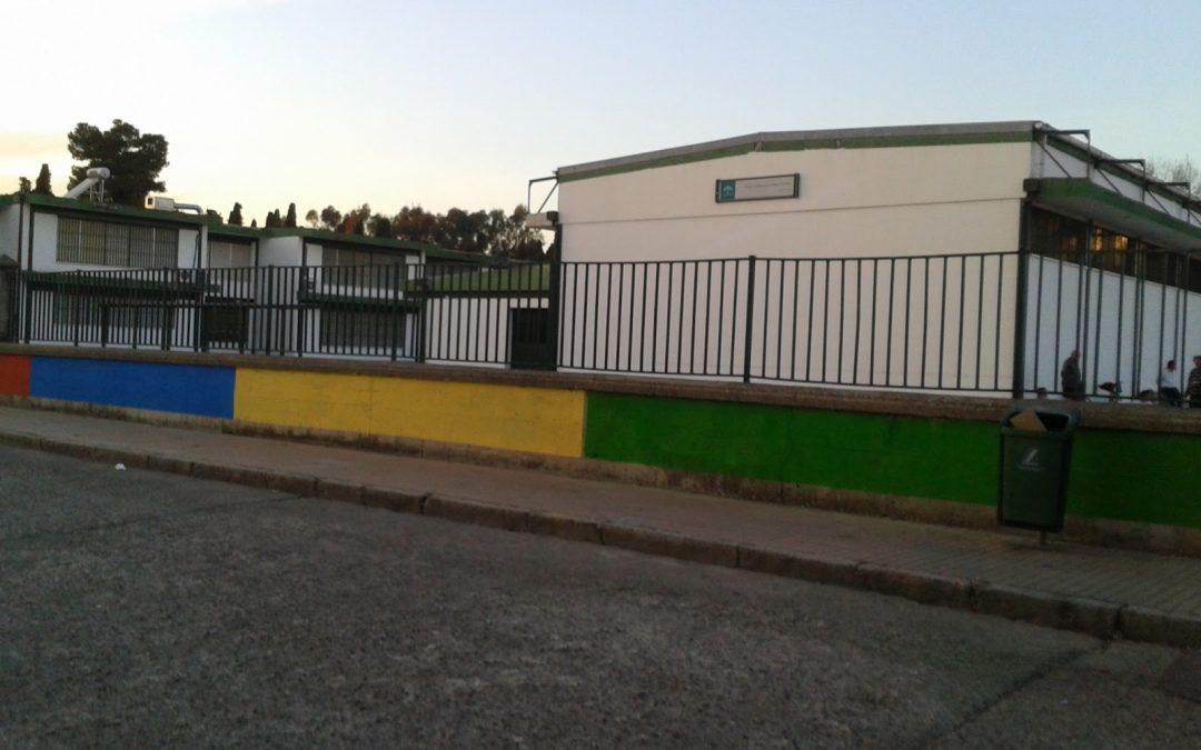 La Asociación de madres y padres del Colegio Algafequi denuncia la perdida de alumnado año tras año