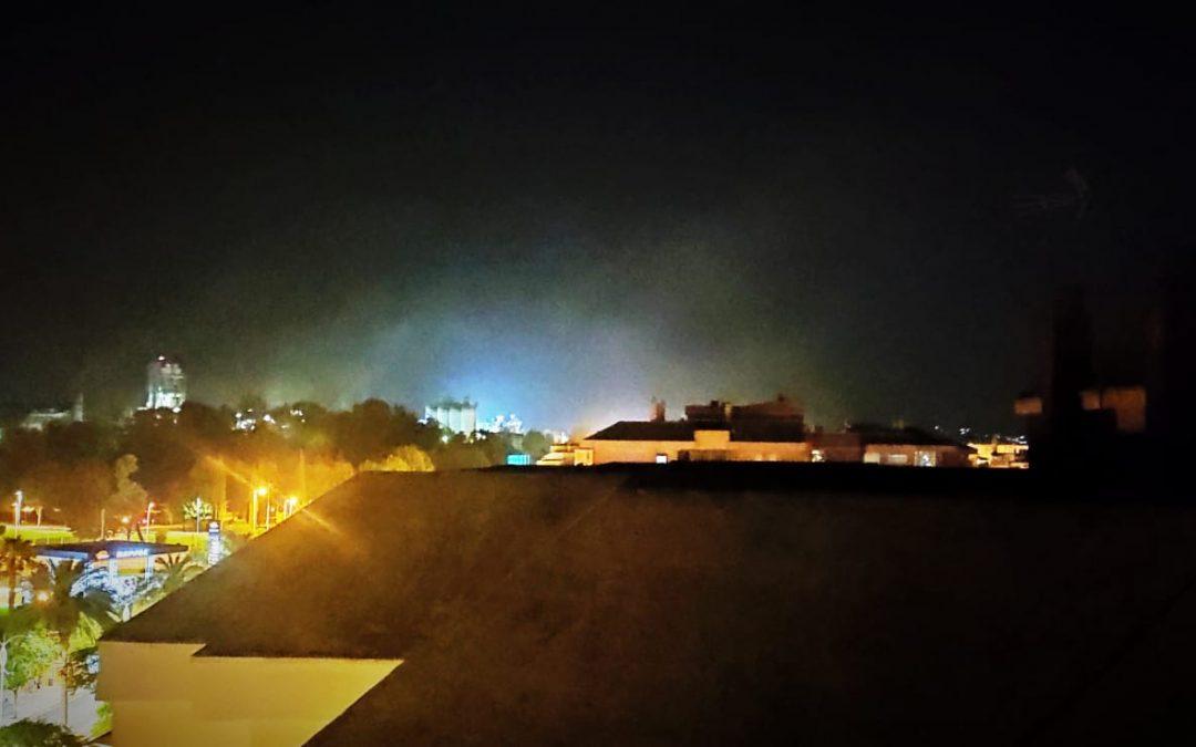 La Plataforma Córdoba Aire Limpio denuncia con fotos la polución nocturna permanente de COSMOS en julio.