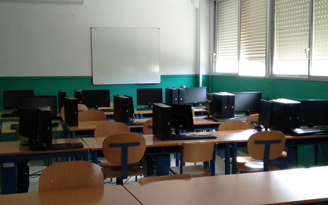 El IES Blas Infante denuncia el modelo organizativo que le impone Educación