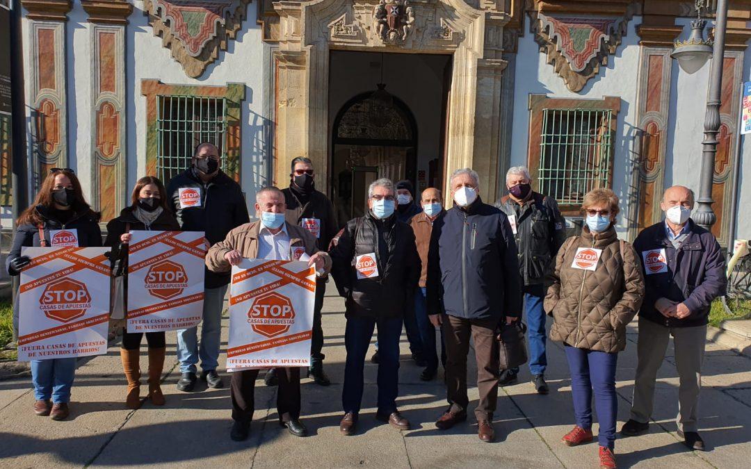 Stop Casas de Apuestas pide al ayuntamiento medidas para frenar las salas de apuestas en los barrios