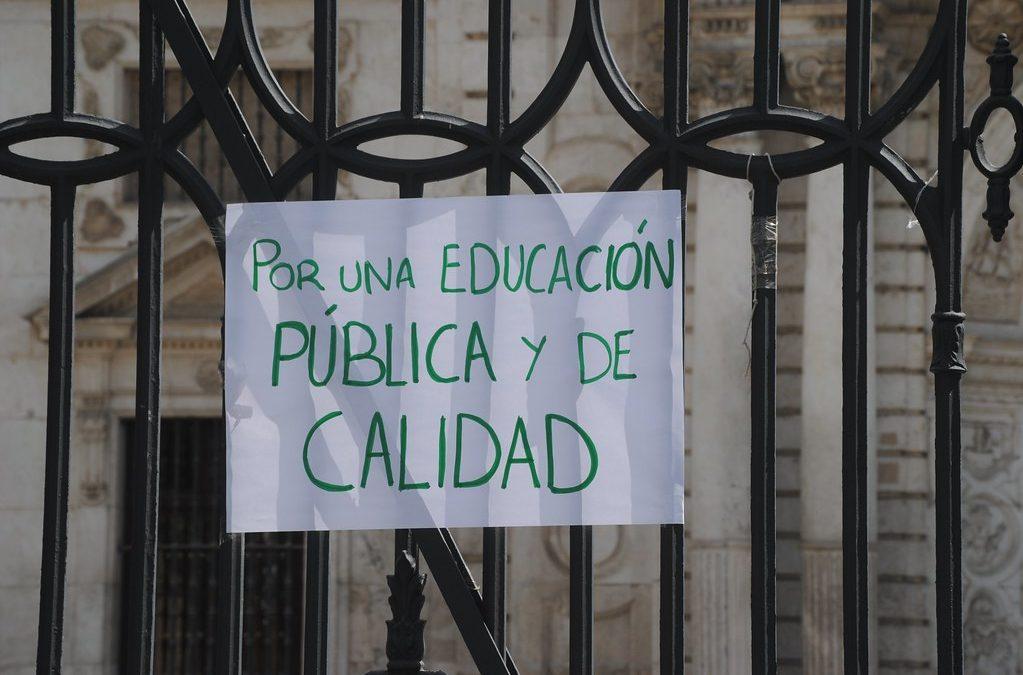 USTEA y 40 organizaciones lanzan un manifiesto en defensa de la educación pública andaluza y contra las políticas de privatización