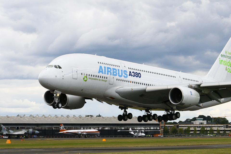 """La Plataforma """"Andalucía Viva"""" muestra su rechazo al cierre de la fábrica de Airbus de Puerto Real y se solidariza con sus trabajadoras."""