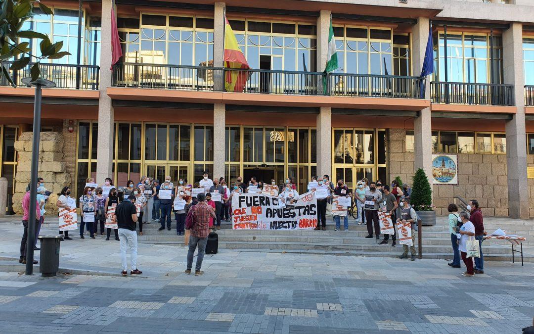 Stop Casas de Apuestas le recuerda al Ayuntamiento su acuerdo unánime de enero