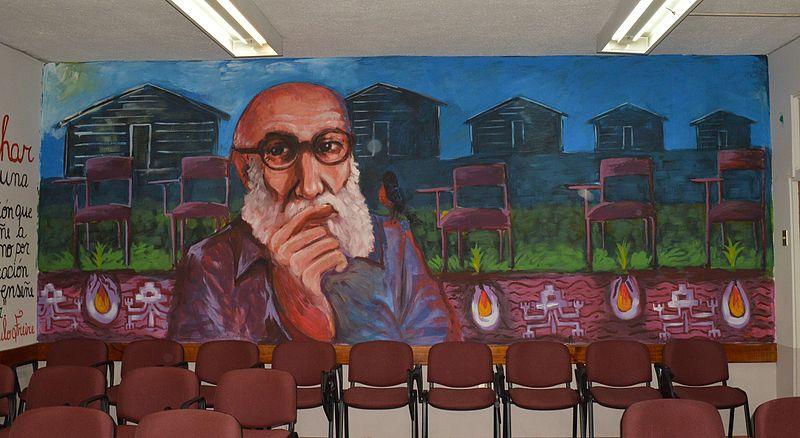Freire y el analfabetismo en las sociedades posindustriales